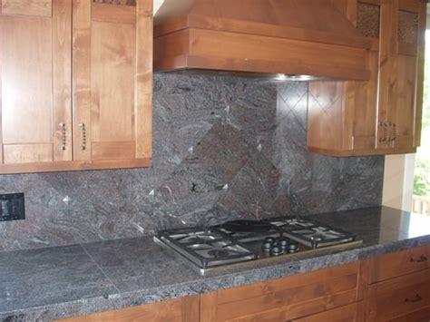 pewter backsplash paradiso granite 18x26 tiles on counter 12x12 diagonal