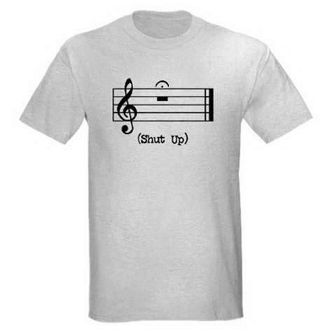 T Shirt Musik Band Momonon bombayshowpig enjoy