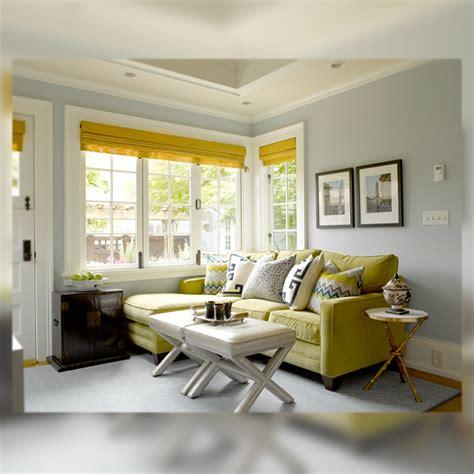 grey and chartreuse living room decoraci 211 n interior en verde azul y gris la musa decoraci 243 n