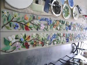 Ceramic Wall Murals mosaic border tiles in floral motif designer glass