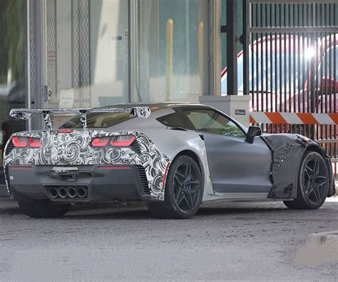 Zr1 Corvette Price by 2018 Corvette Zr1 Specs Release Date Performance