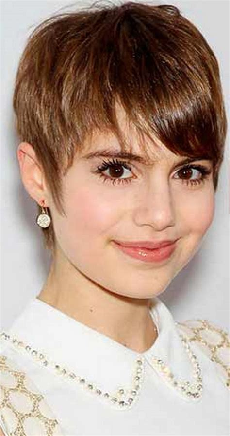 short hairstyles for women with turkey neck good haircuts for women with turkey neck picture of short