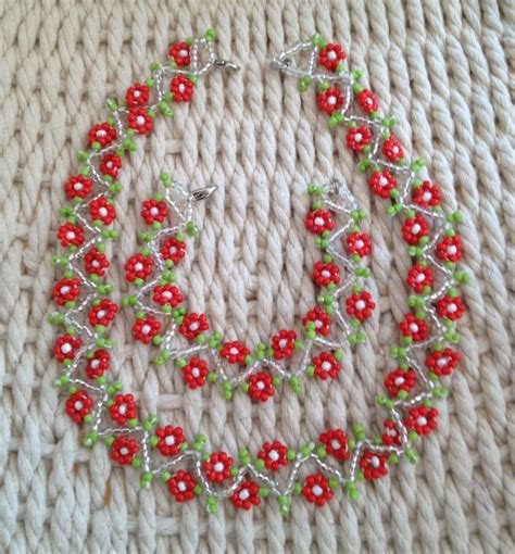 zig zag daisy chain pattern 978 best beading images on pinterest jewelry seed beads