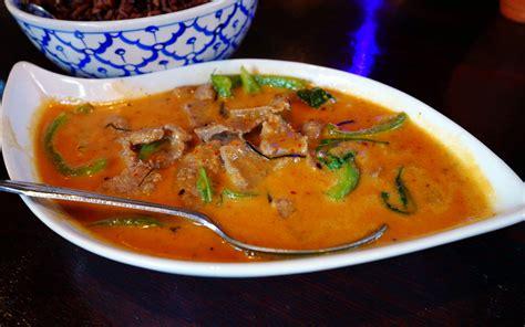 noodle boat thai restaurant noodle boat thai cuisine roadfood