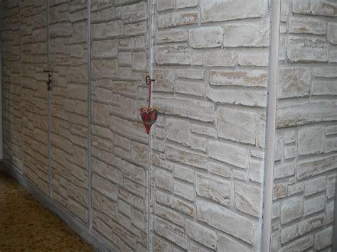 rivestire ante armadio con carta da parati rivestire linterno armadio a muro il meglio design