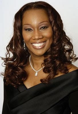 how tall is yolanda new celebrity buzz yolanda adams height
