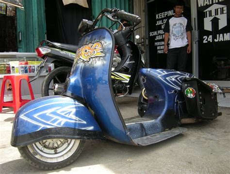 Modifikasi Vespa Biru by Dunia Modifikasi Galeri Modifikasi Motor Vespa Ceper