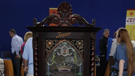 music in the house regina regina model 35 music box ca 1900 antiques roadshow pbs