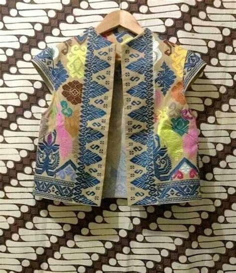 Bolero Batik 307 best images about batik tenun ikat on runway jakarta and kaftan