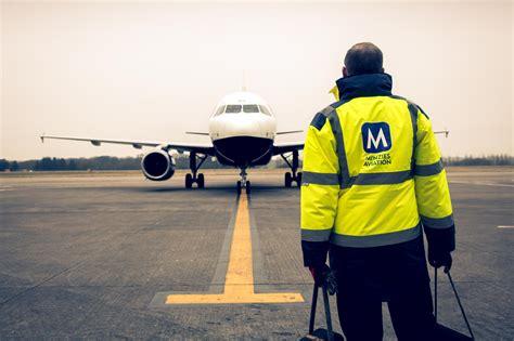 flight dispatcher t shirt spreadshirt menzies careers