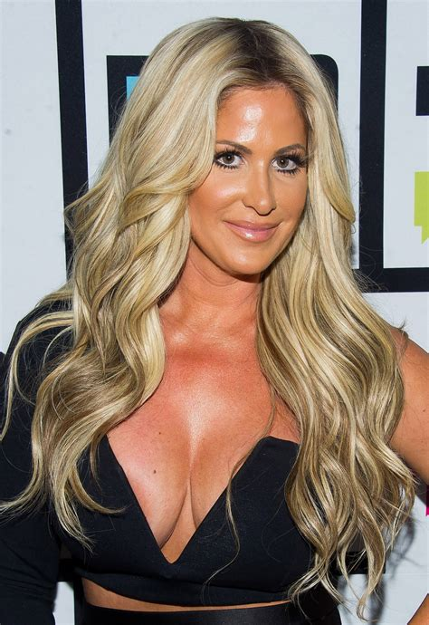 house wives of atlanta former real housewives of atlanta star kim zolciak unrecognizable before plastic