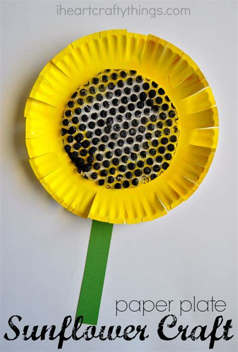 sunflower paper plate craft paper plate sunflower craft i crafty things