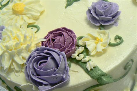 Decoration Meringue by How To Decorate Cakes With Italian Meringue Buttercream