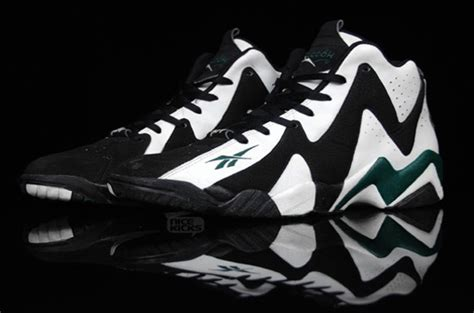 most popular basketball shoes of all time the 25 best signature basketball shoes complex