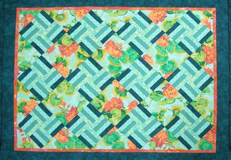 Free Modern Quilt Pattern by Craft Land Diary October 2010