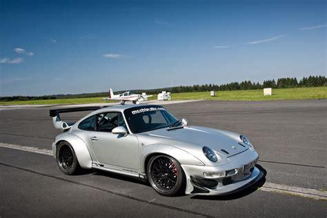 mcchip dkr Porsche 911 GT2 993 custom
