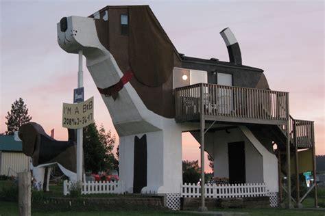 bark park inn bark park inn un alojamiento 250 nico con forma de perro