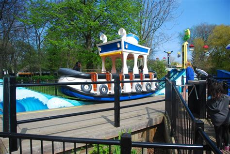 theme park toronto check out all the fun things the centreville amusement