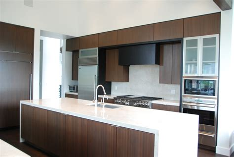 mahogany kitchen designs i love the clean modern look of this kitchen beautiful