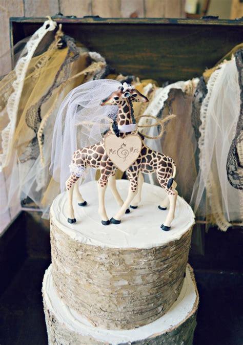 wedding cake zoo giraffe wedding cake topper animal wedding cake topper