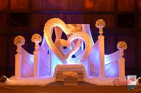 Manahara:Wedding flowers, wedding flower arrangements in