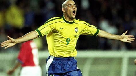 Luis Ronaldo Brazil Corinthian Microstars Away ronaldo lu 237 s naz 225 de lima biographi gosip pemain bola