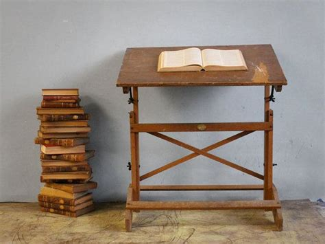 Drafting Table Definition Best 25 Vintage Drafting Table Ideas On Pinterest Definition Of A Refugee Refugee Definition
