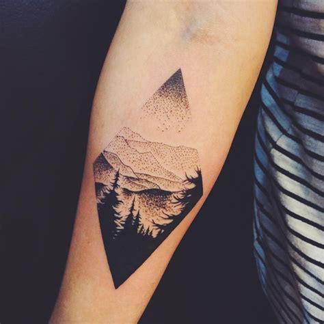 tattoo minimalista masculina 65 tatuagens masculinas no bra 231 o para se inspirar mhm