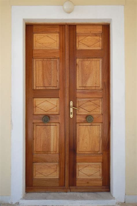 Home Door Design Hd Images by Texture Old Clean Decorated Wood Door 15 Neoclassical