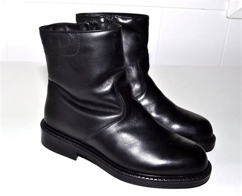reserved blondo canadian shearling lined black leather