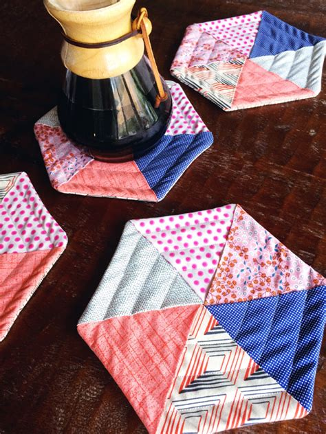 Quilted Tutorial by These Hexie Potholders Are Simple To Make Quilting