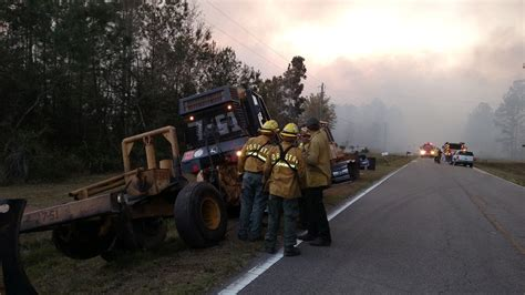 florida wildfires 100 000 acres of land torched in florida wildfires