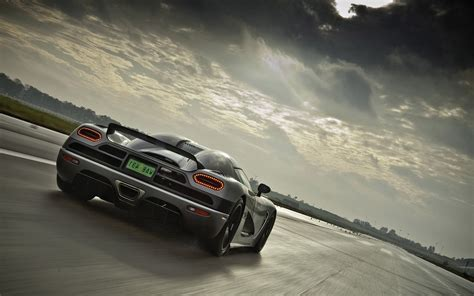 koenigsegg naraya wallpaper 2048x1152 koenigsegg agera r 2048x1152 resolution hd 4k