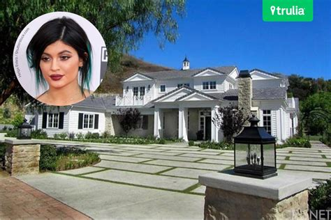 kylie jenners house khloe kardashian bedroom kuwtk home interior design beautiful pretty khloe hottest