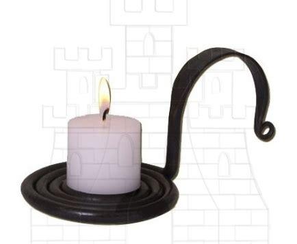candelabros medievales candeleros y candelabros medievales forjados a mano