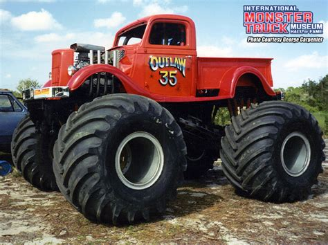 outlaw monster truck outlaw 35 187 international monster truck museum hall of fame