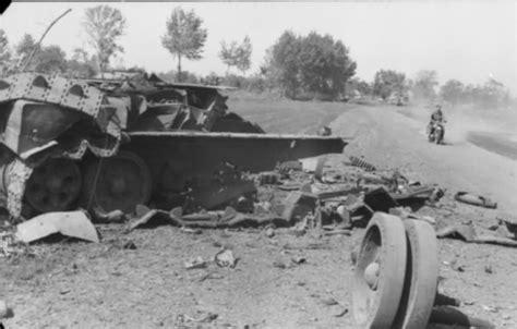 Boneka L I U Uk 35 Cm knocked out t 34 world war photos
