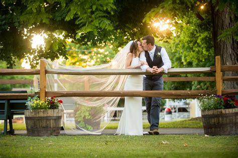 A Summery Small Town Wedding   Westchester Weddings Blog