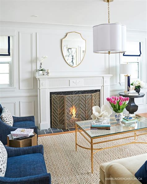 modern and traditional living room best 25 modern colonial ideas on colonial exterior colonial and colonial style homes