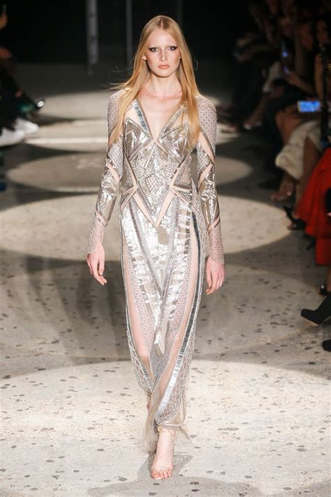 during the julien macdonald ready to wear news photo getty images 3800 best runway lovin nyfw lfw 2017 2018 images on