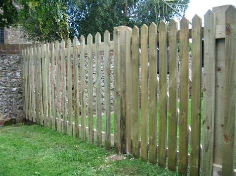 picket fences picket fencing richard stubbs fencing services