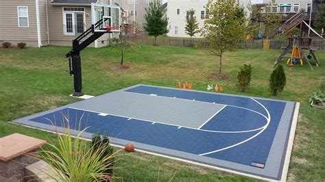 Half Court Basketball Dimensions For A Backyard by There Is Their Backyard You Can See Their Suspended