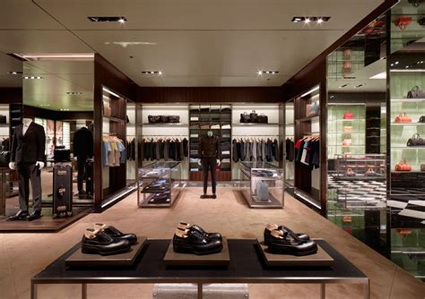 glamshops visual merchandising shop reviews prada
