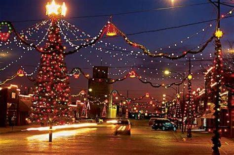 a small town guide to kansas christmas lights hppr