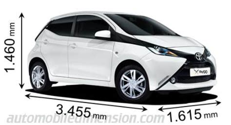 dimensions of toyota cars showing length, width and height