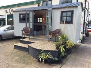 Vanity Table With Lights And Mirror Ex Demo Shepherd Hut For Sale Garden Hideouts