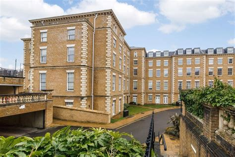 1 bedroom flat to rent in manor park 1 bedroom flat to rent in princess park manor royal drive n11 london