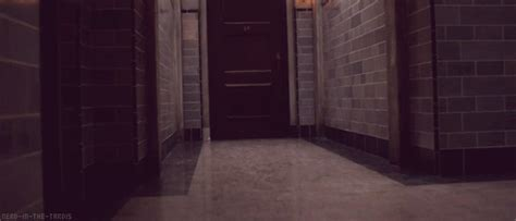 Bedroom Door Gif The Nifty Things In The Tardis No But Srsly This