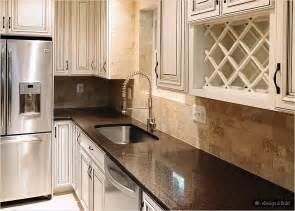 Kitchen Backsplash Ideas With Cream Cabinets by Cream Cabinets With Back Splashes Brown Countertop Cream