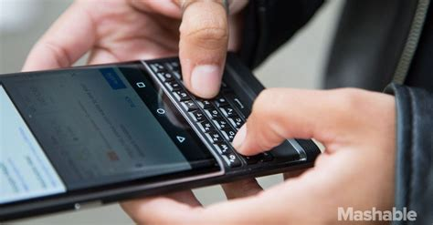 blackberry will release only android smartphones in 2016
